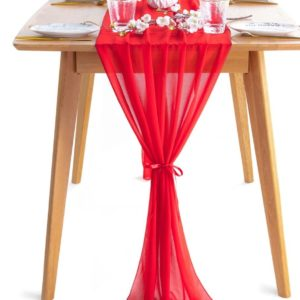 Red table runner adjusted